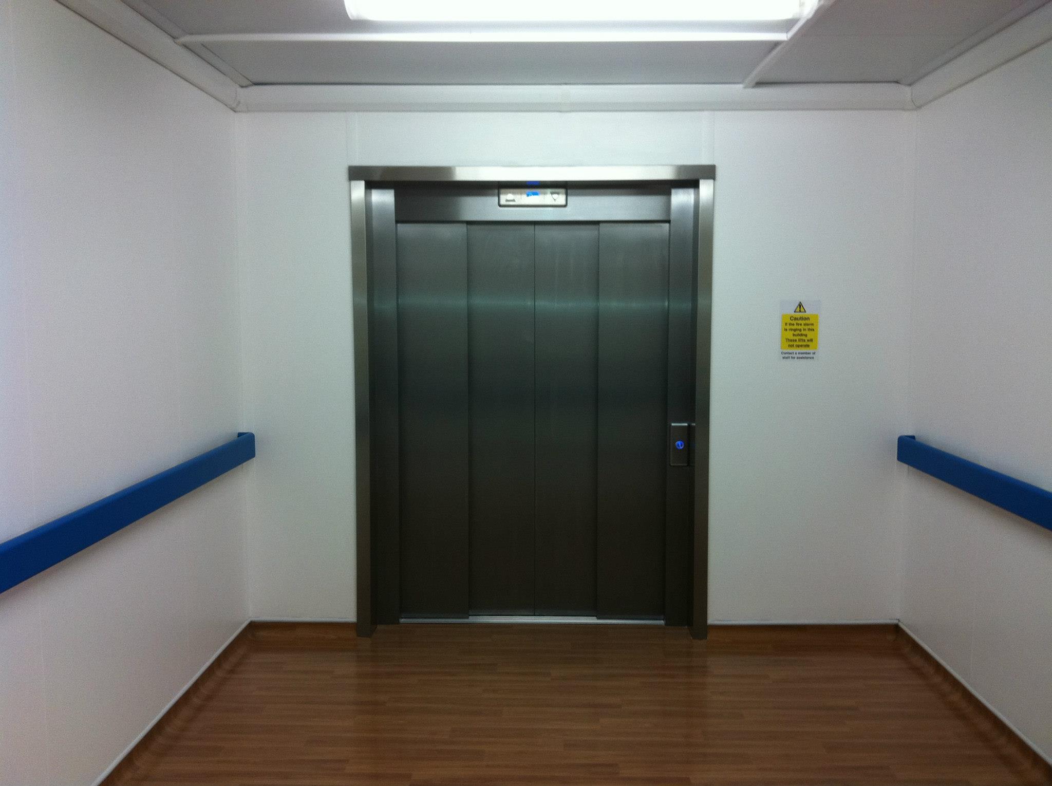 Thiết kế thang máy bệnh viện